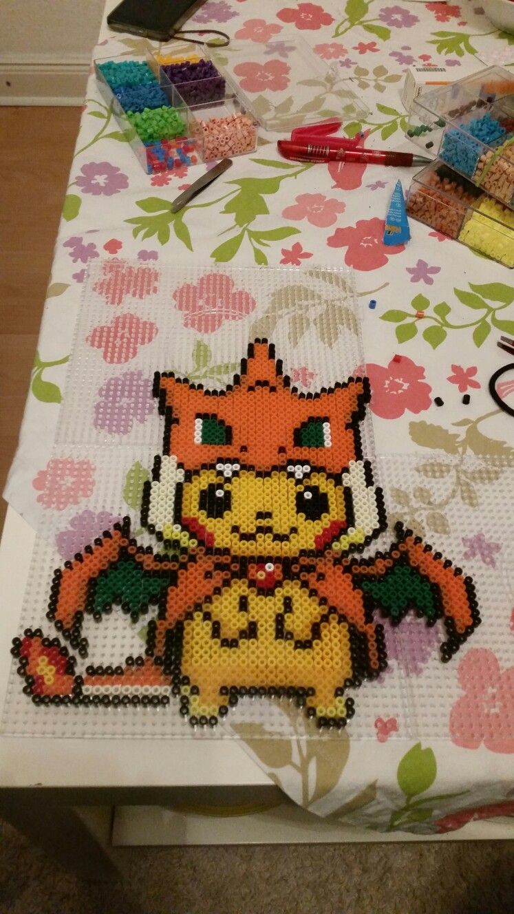 pokemon #pikachu #glurak #cosplaypikachu #hama #bügelperlen ...