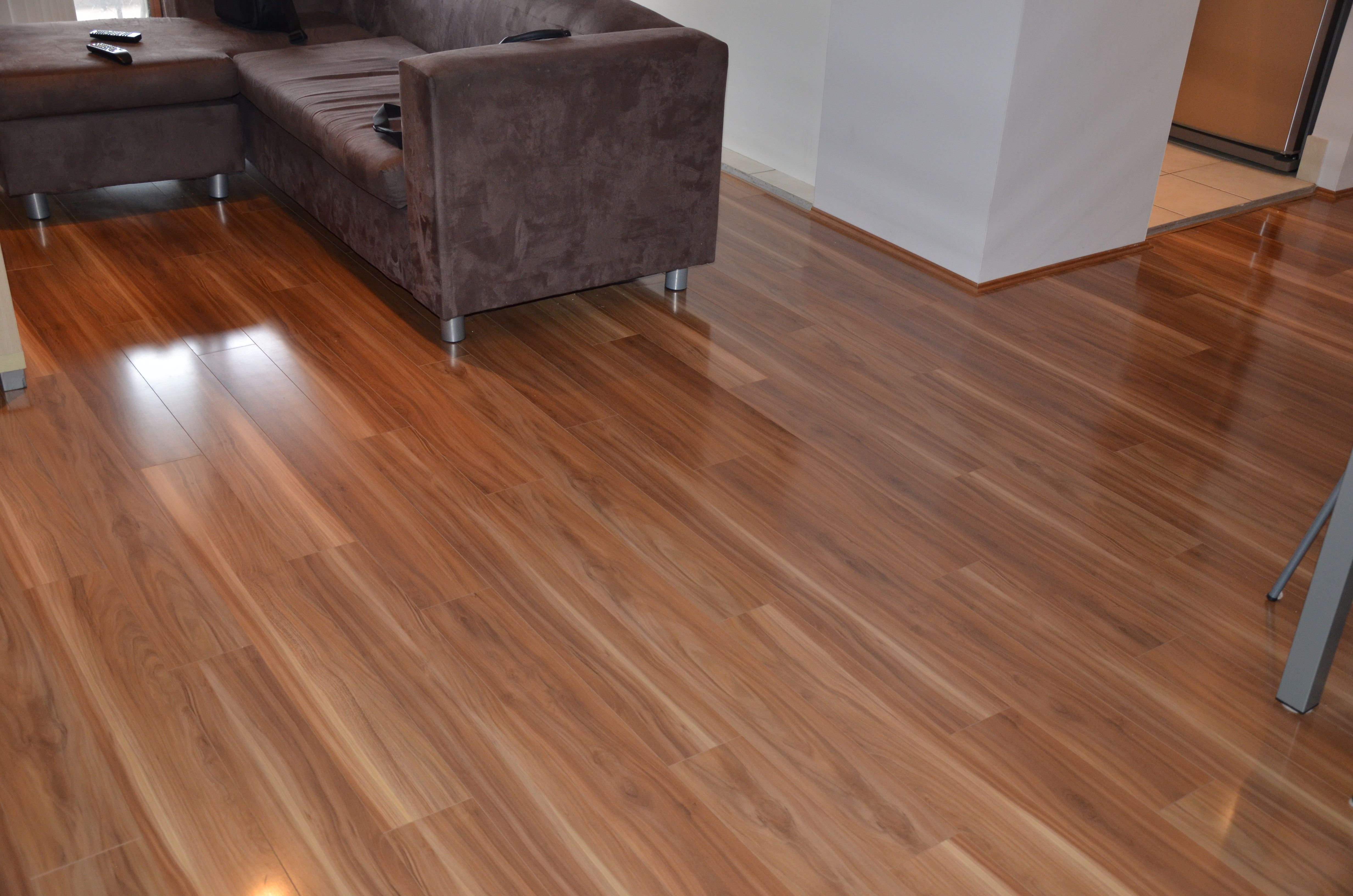 Woodtrends Tallowood Laminate Laid In Lounge Room And