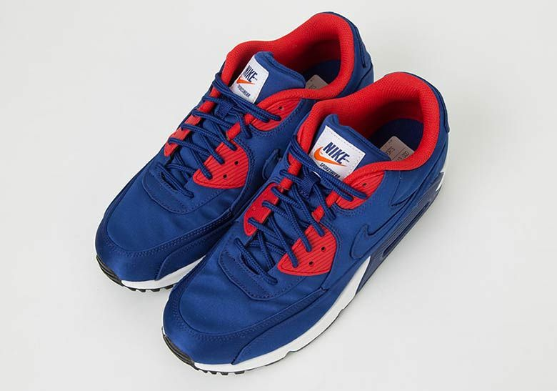 4109ed83495e This Nike Air Max 90 SE Features Full Nylon Uppers