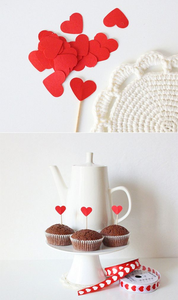 Toothpicks + red cardstock + adhesive tape = <3