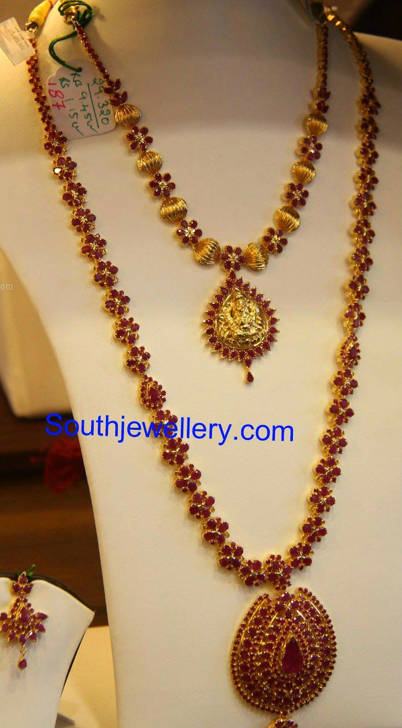 A simple gold balls and ruby flowers short necklace with lakshmi