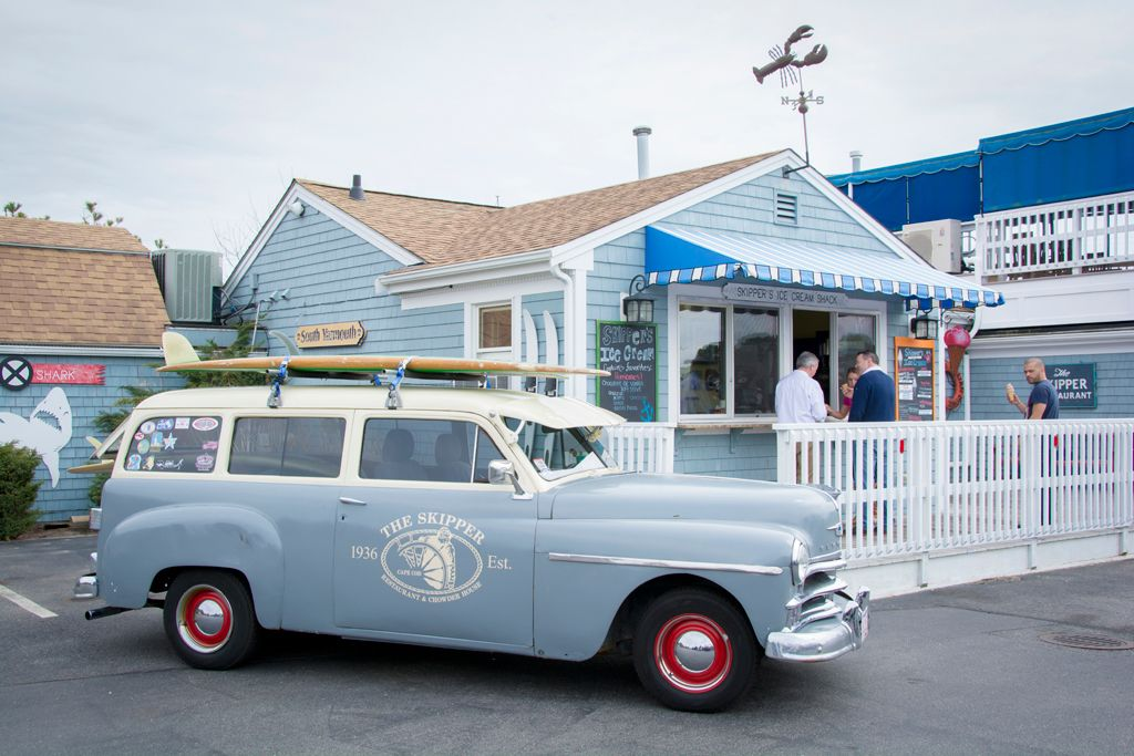 The Skipper Restaurant Yarmouth Ma The Attached Ice Cream Bar And Funky Beach Wagon Love This Place Cape Cod Restaurants Yarmouth Cape Cod Vacation
