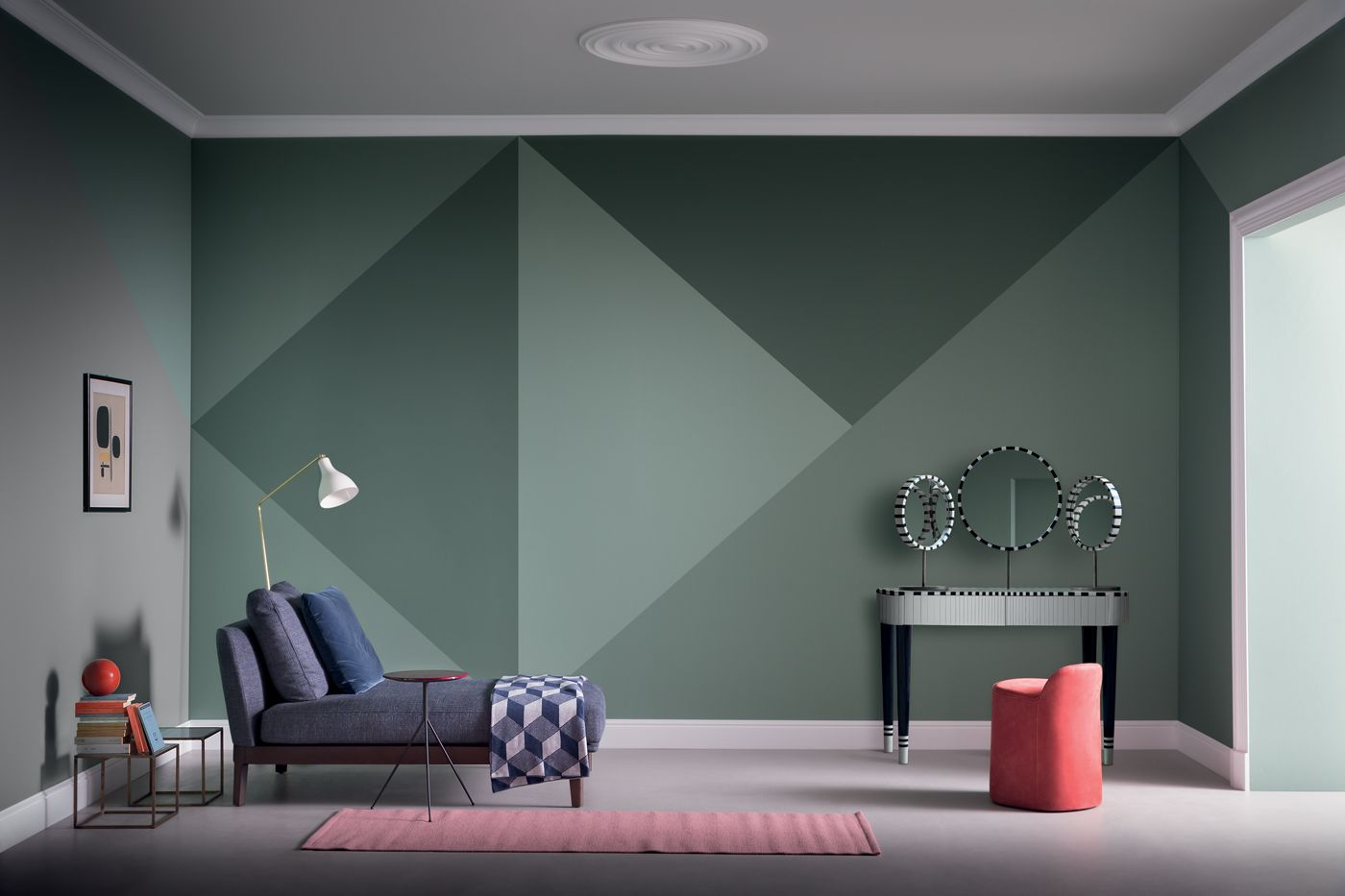Da dipingere tracciando il profilo di un oggetto (per esempio, un albero, le nuvole, il sole) oppure da realizzare su un'intera parete, la vernice lavagna trasforma la cameretta in un laboratorio. Pin Su Styling