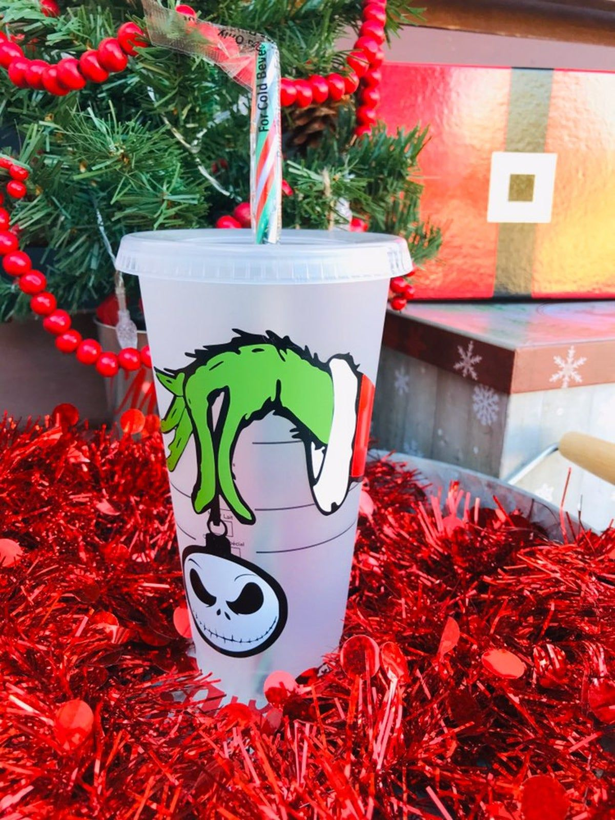 Starbucks Reusable Cold Cup Grinch in 2020 | Christmas tumblers