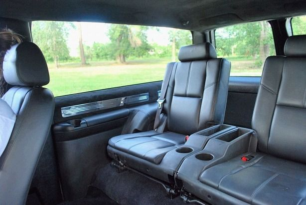 08tahoebackseatinobs Jpg 614 411 Chevy Tahoe Chevy Trucks 2 Door Tahoe