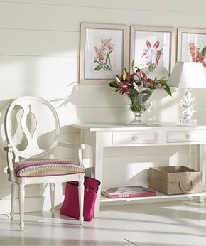 Ethan Allen entryway from our Vintage lifestyle. Very fresh.