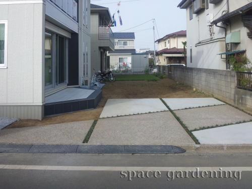 庭 外構施工例 詳細 駐車場 コンクリート 駐車場 玄関アプローチ
