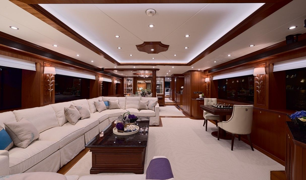 Horizon P110 Interior yachts interiordesign www