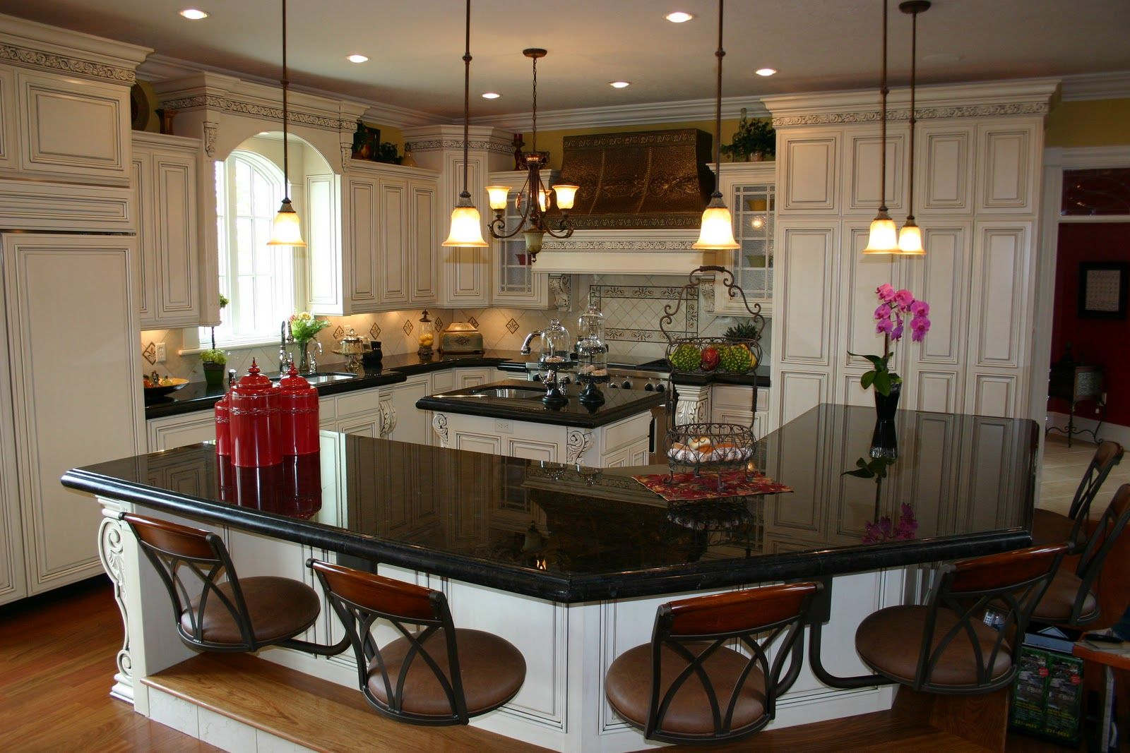 kitchens with dark and light granite The
