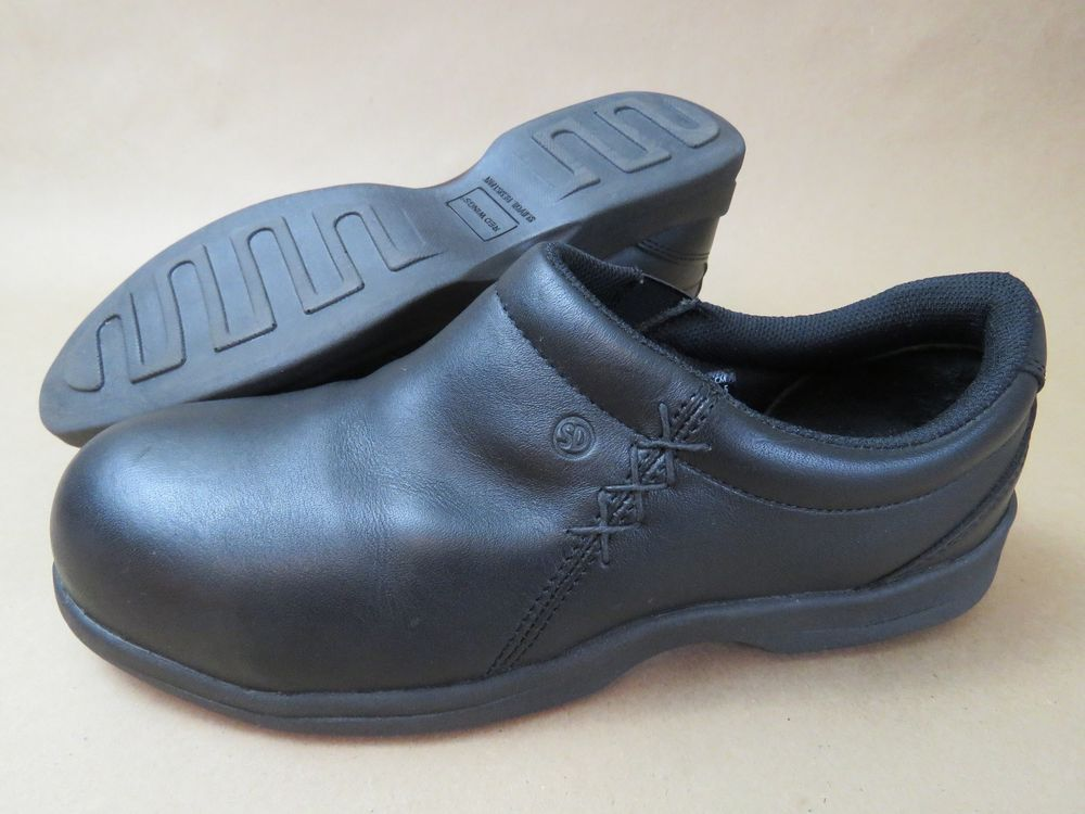 Steel toe shoes, Leather slip ons