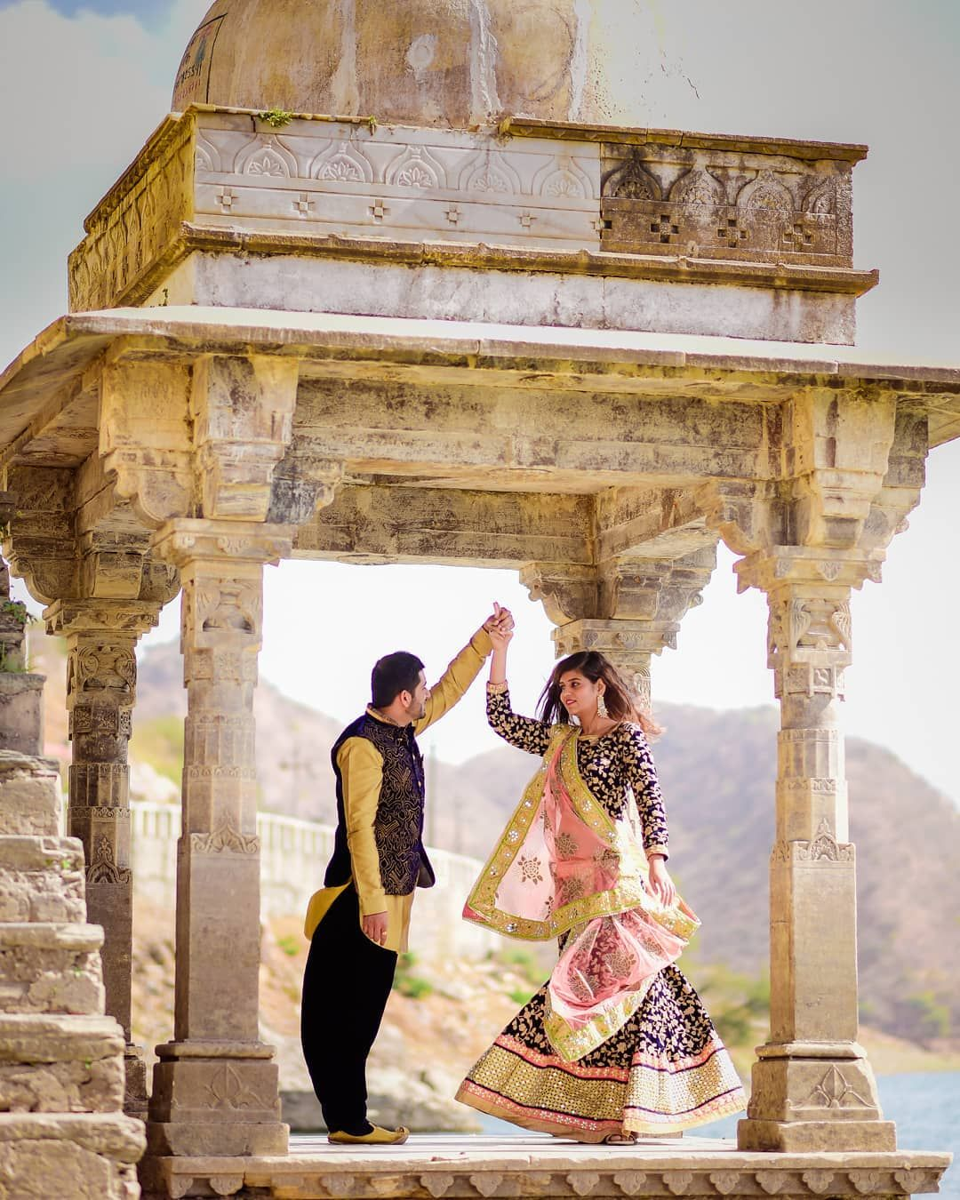 Contact 919001234111 For Creative Prewedding Photoshoot In Udaipur India Udaipur Rajasth Pre Wedding Poses Pre Wedding Shoot Ideas Prewedding Photography