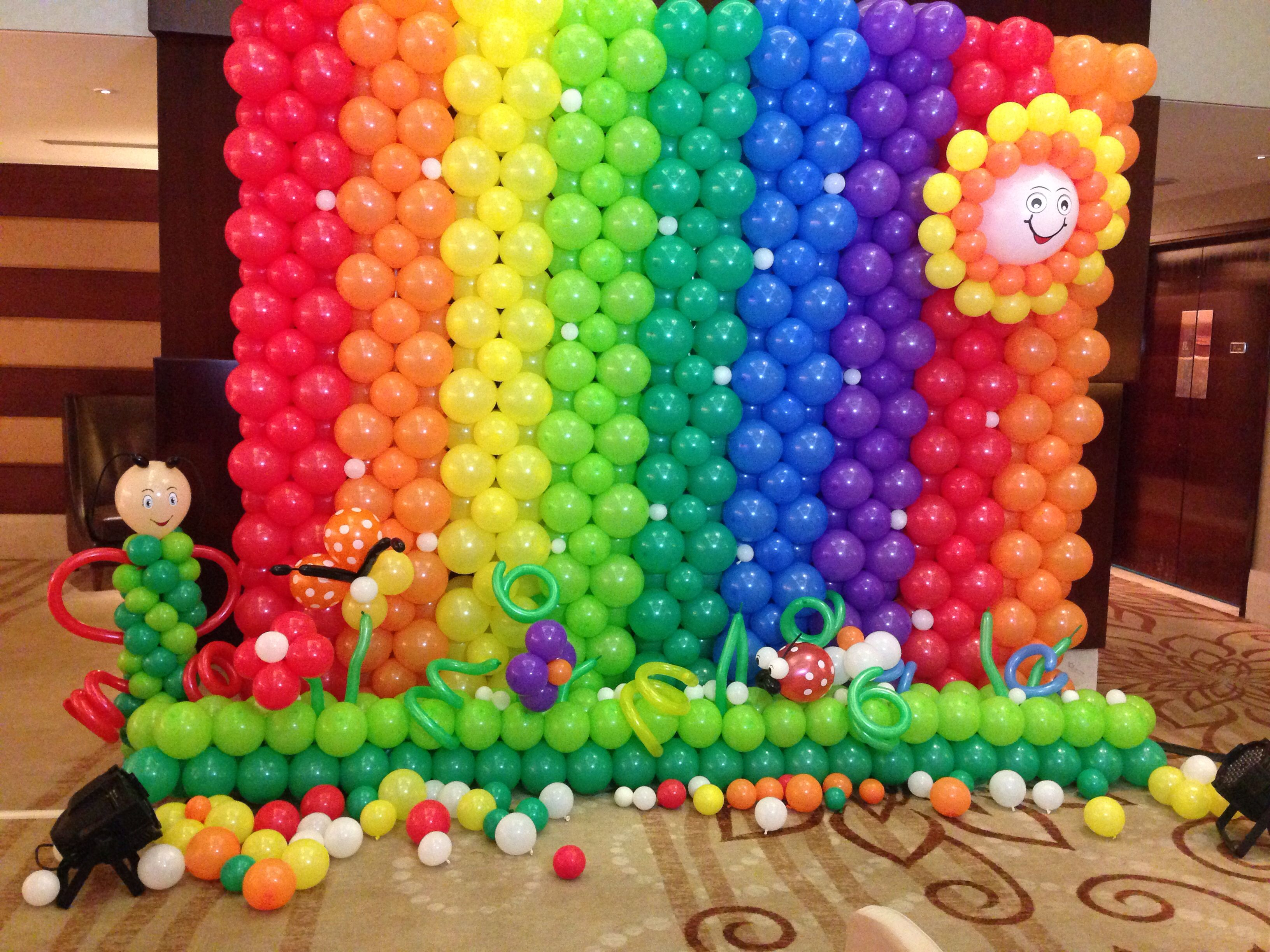 Photobooth Rainbow Theme In 2019 Rainbow Party Decorations
