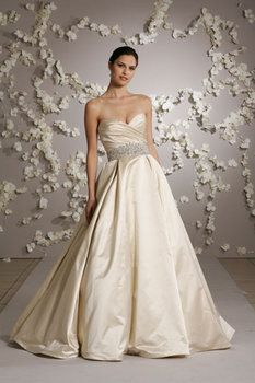 Lazaro wedding gown with pockets my absolute dream dress dream lazaro wedding gown with pockets my absolute dream dress junglespirit Gallery