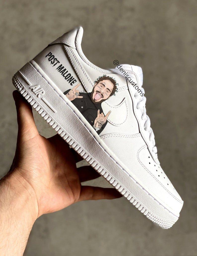 Pin na nástěnce Custom Sneakers