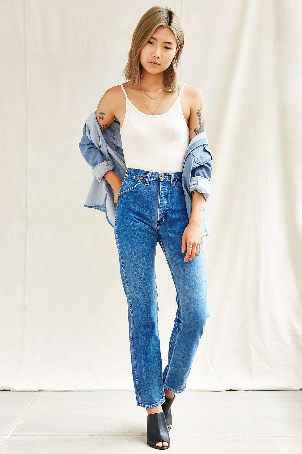 701cef29 UO Blue Jean Outfits, Trending Outfits, Wrangler Jeans, White Denim Jeans,  Urban