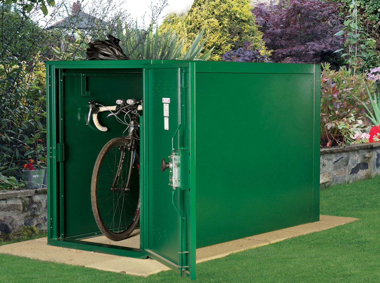 Double Ended Metal Bike Shelter With Images Secure Bike