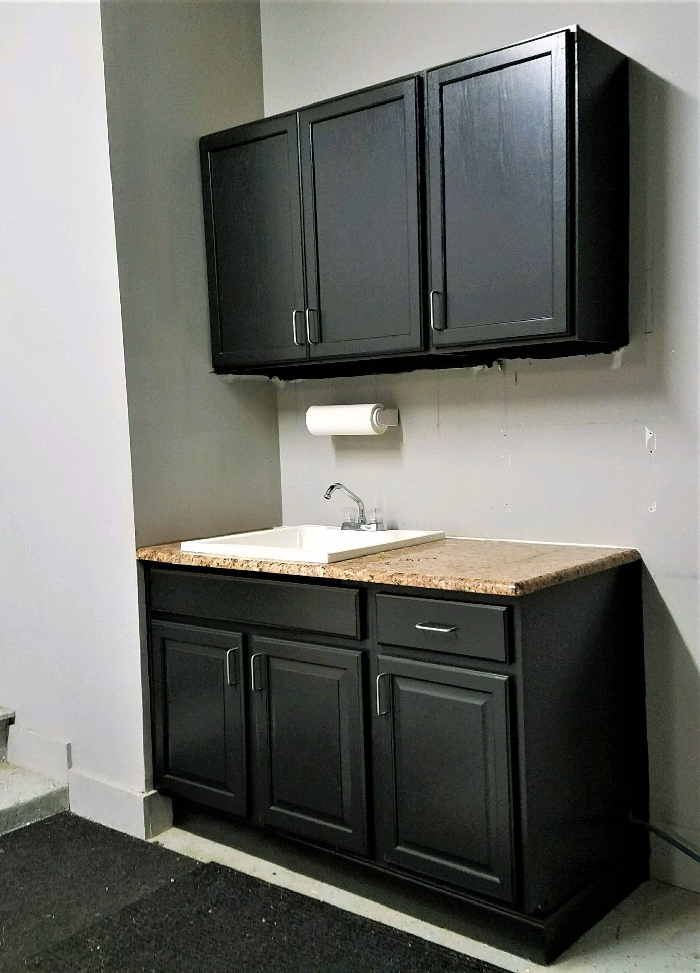 how to install or hang upper wall cabinets wall cabinet on wall cabinets id=73178