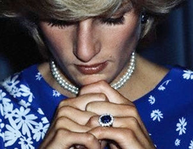 princess diana and now kate middletons sapphire with diamond halo engagement ring my - Princess Diana Wedding Ring