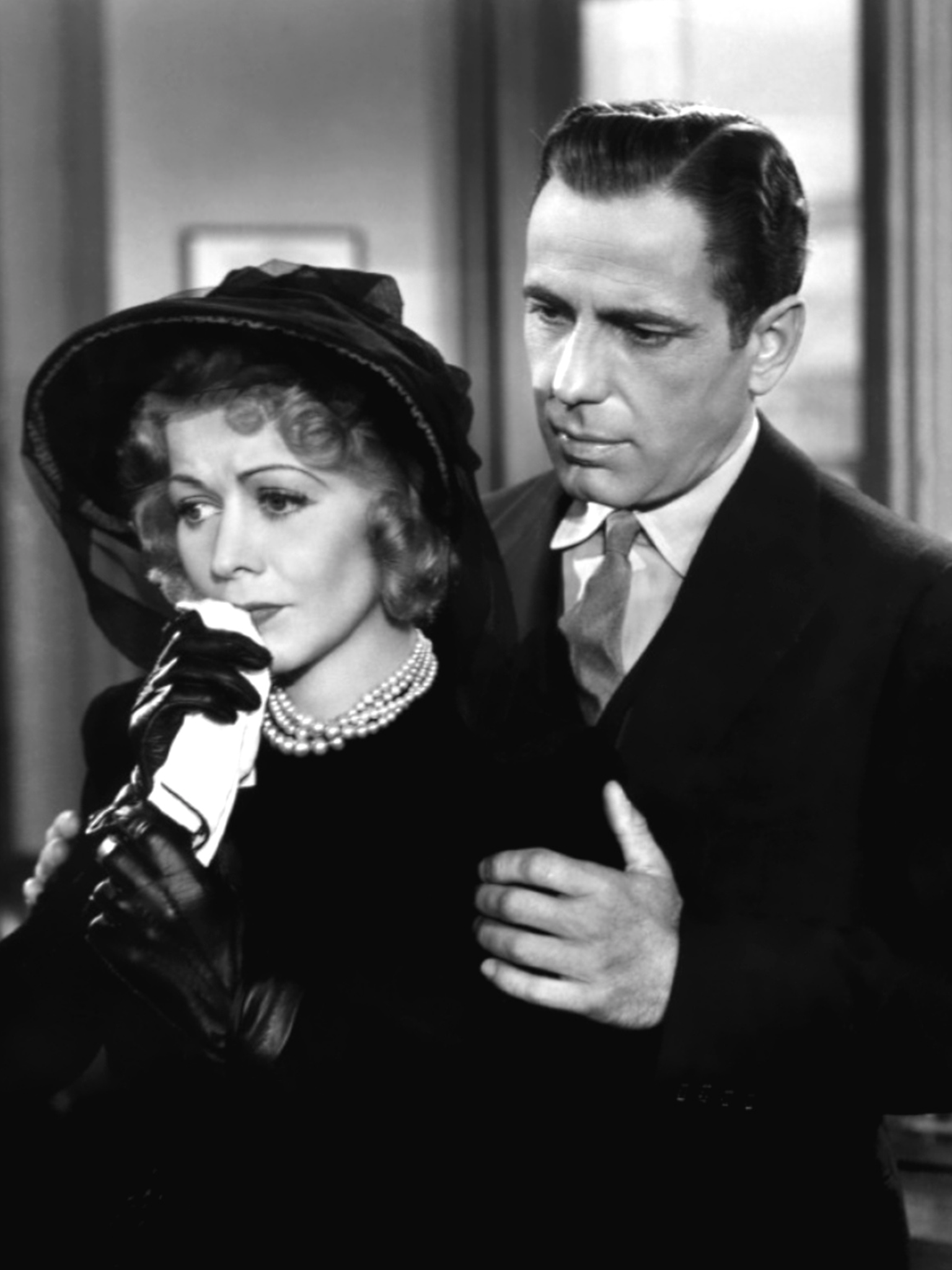 Gladys George And Humphrey Bogart The Maltese Falcon 1941 Movie Stars Classic Film Noir Bogart And Bacall