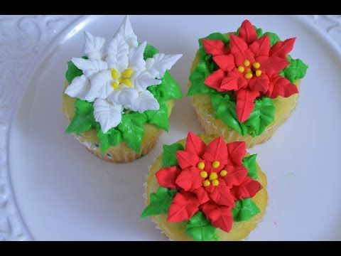 How To Make Poinsettias With Royal Icing Yolanda Cakes Christmas Cake Decorations Christmas Cupcakes