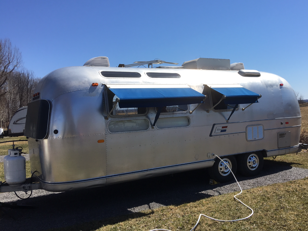 1971 Airstream Caravanner 25 Ontario Airstream Trailers For Sale Airstream Classifieds Trailers For Sale