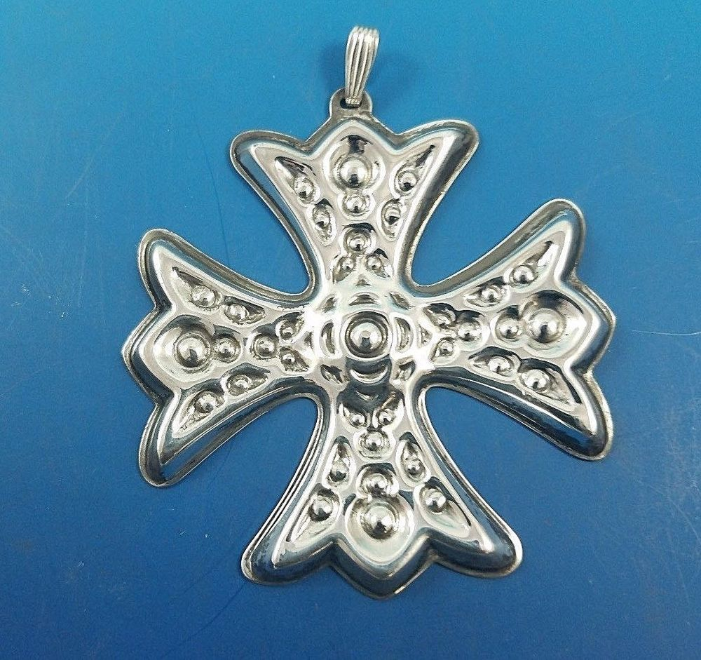 1975 Reed & Barton Sterling Silver Christmas Cross ...
