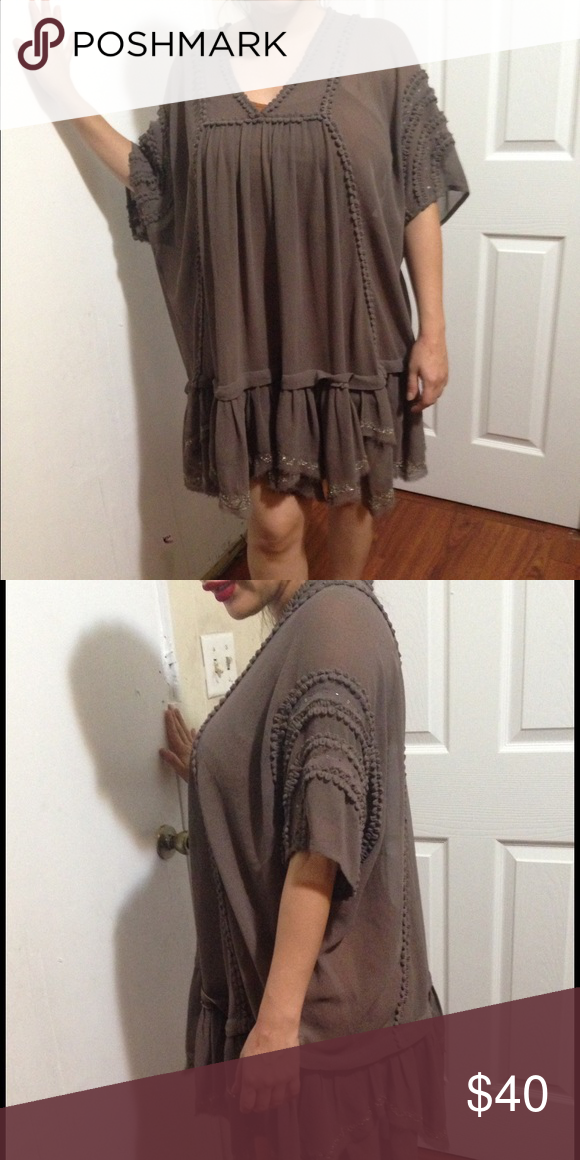 Free People mini dress Great condition mini dress. Could be worn as a top or dress. Free People Dresses Mini