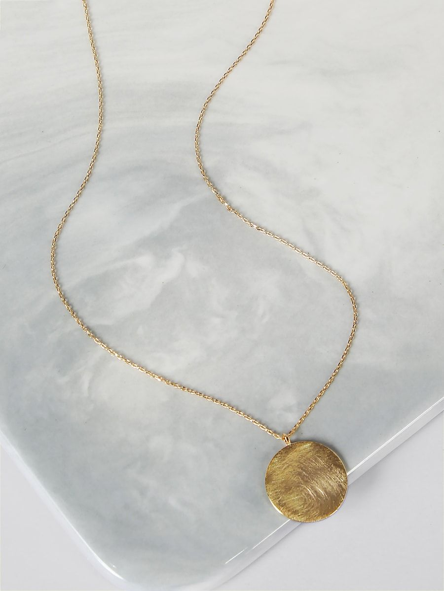 c88689f58f Circle Pendant Gold Necklace -SheIn(Sheinside) | //want | Gold ...