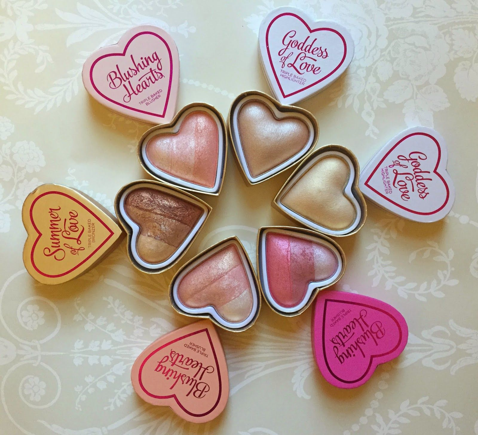Emily Mace : MAKEUP REVOLUTION | BLUSHING HEARTS ♡ REVIEW