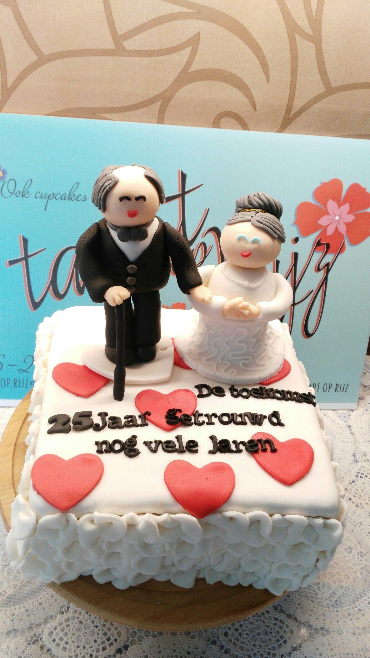 Goede 25 jaar getrouwd. Foto uit de toekomst. (met afbeeldingen) | Taart WM-17