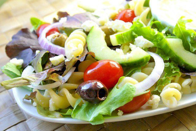 easy greek salad recipe with creamy yogurt dressing