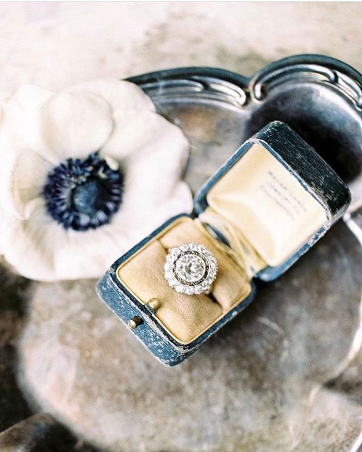 #solitaire #vintage #diamond #engagementring #yellowgold #oldeuropeancut #edwardian #roses #engagement #vintagestyledring #film #filmphotography #filmphotographer