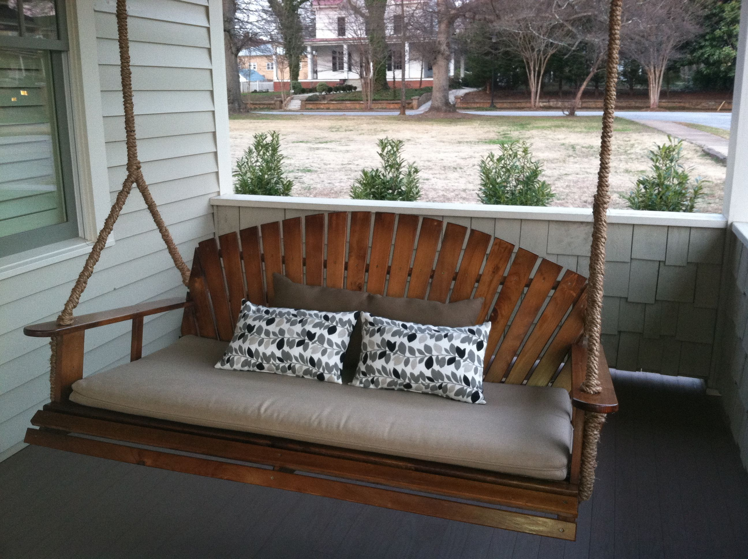 Farmhouse Patio Daybed