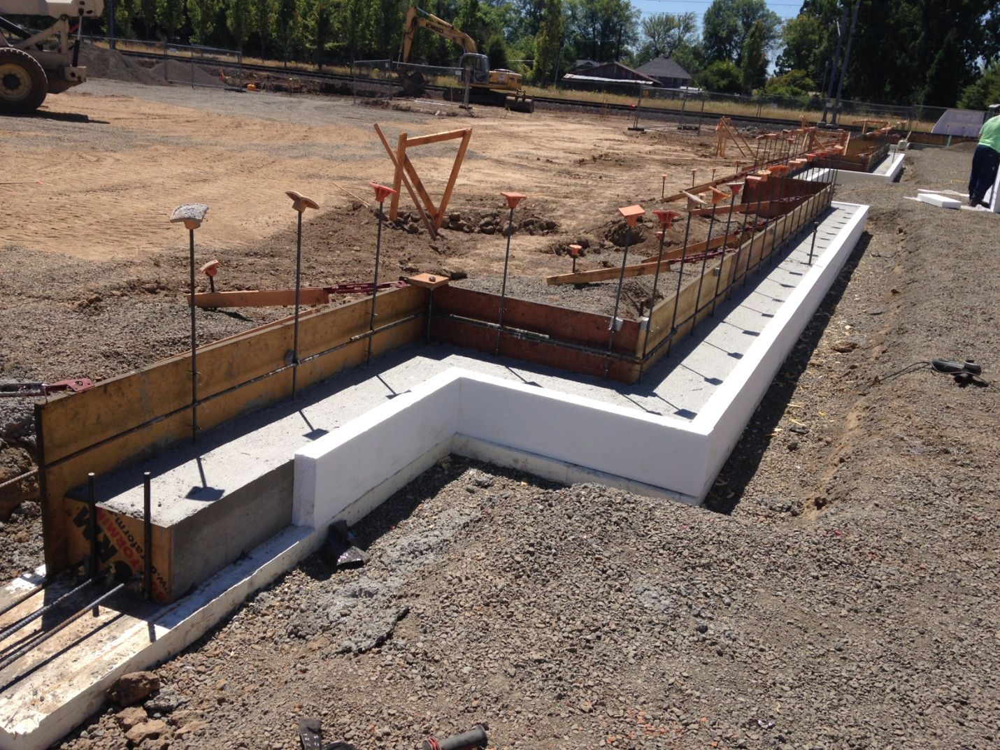 Vibration isolation of building foundation strip for Foam concrete forms for sale