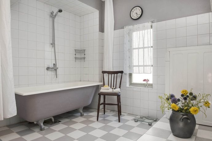 17 Best images about Badrum on Pinterest | Gray bathrooms ...