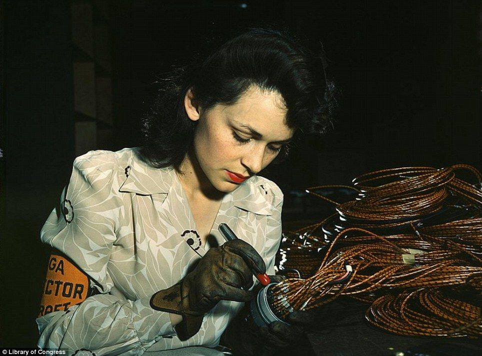 A female aircraft worker at the Vega Aircraft Corporation in around 1940