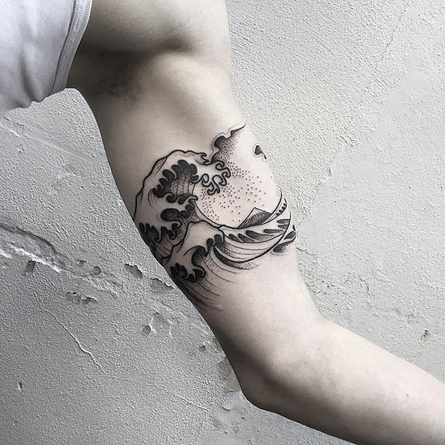 Very cool wave tattoo