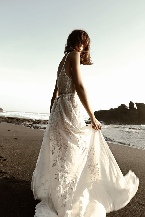 australian bridal label of contemporary bridal gowns @letobridal