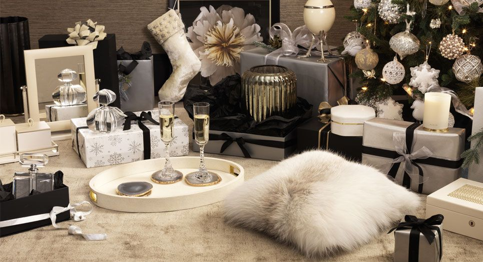 Luxury Christmas Gift Guide 2020 Luxury Gifts For Her Luxury Christmas Gifts Lifestyle Furniture