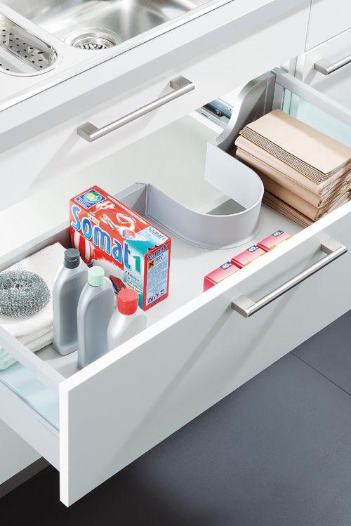 Mit dem Spülenschrank-Auszug ist auch unter der Spüle Platz - zum - spüle für küche