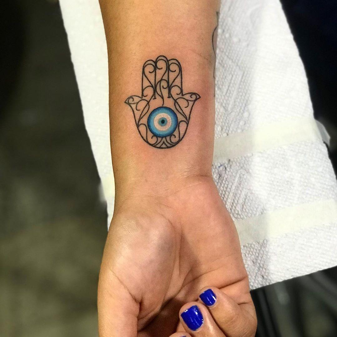 Männer fatima hand tattoo THE BLACK