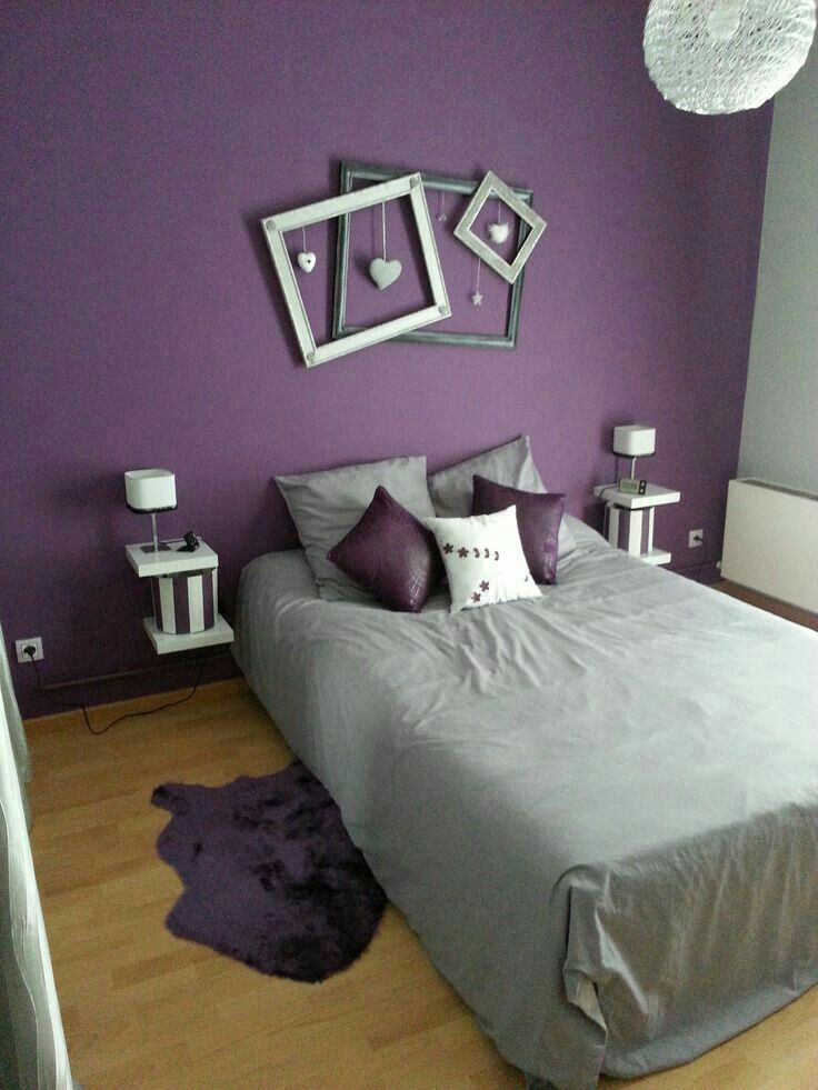 Love this idea for decorating with empty frames decorating with empty frames pinterest - Chambre mauve et bleu ...