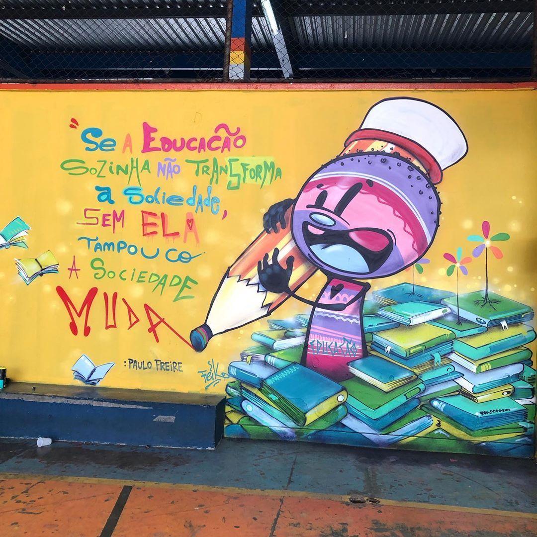 Pin Em Graffiti Street Art