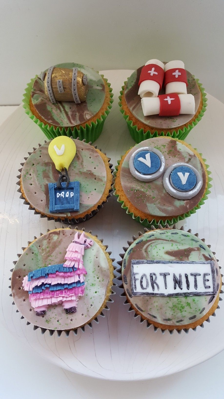Fortnite Cupcakes Great For A Little Boy 7th Birthday Party Boys Diy