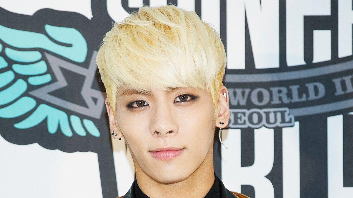 K Pop Singer Kim Jonghyun Dead At 27 Jonghyun Singer Pop Singers