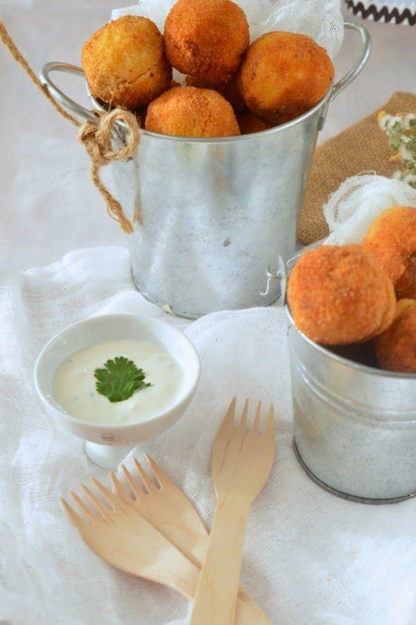 Croquetas De Patata Y Salmón Con Salsa De Yogurt No Hay Cosa Que Guste Más A Los Peques Que Unas Croquet Croquetas De Patata Croquetas Croquetas De Salmón