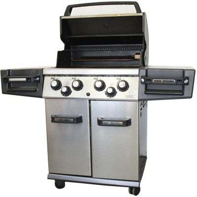 Broil King Regal 490 Grill Has Features Such As A Rotisserie Burner And Grease Catching Bars Below Grate Broilking Grill Best Gas Grills Grilling Gas Grill