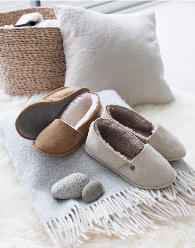 Slippers, Ladies sheepskin slippers