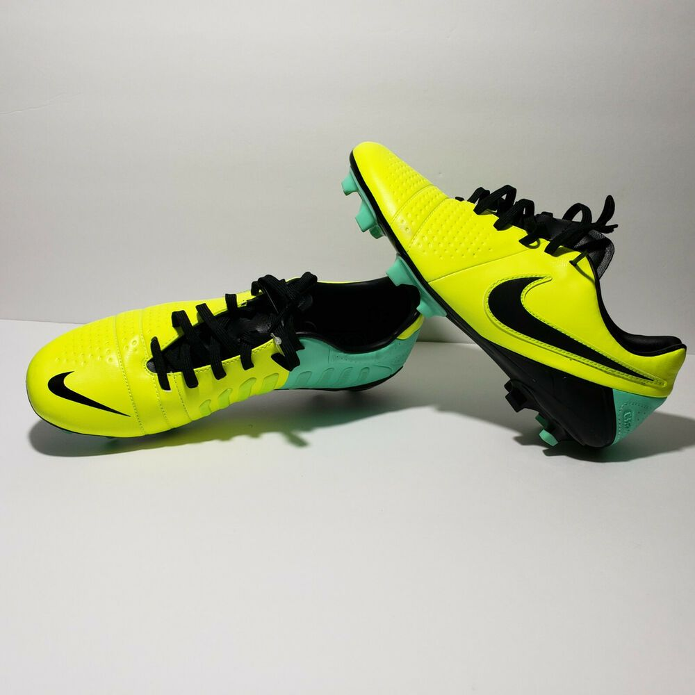 0a05cdc95 NIKE CTR360 Maestri III FG Volt Black Tur Soccer Cleats Boots Mens 9 with  Bag  Nike  FirmGround