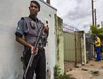 Com alta de crimes, carteiros têm escolta em Campinas (SP) - 30/01/2014 - Cotidiano - Folha de S.Paulo